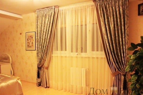 Двойные фальш-шторы в классическом стиле