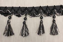 Бахрома черная с серебристой нитью