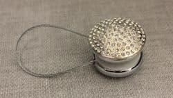 магнит круглый серебро со стразами