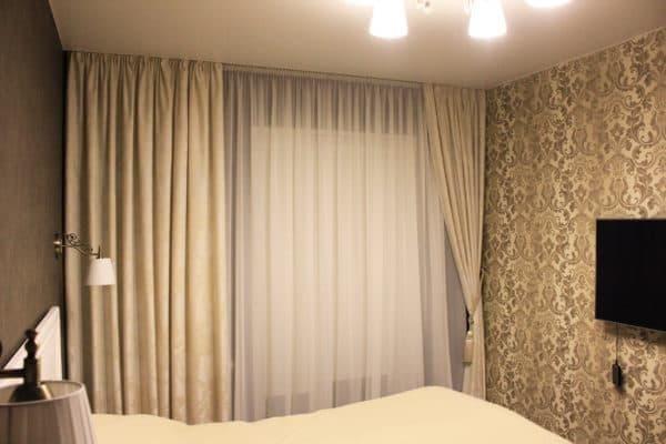Портьеры на асимметричное окно